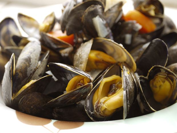 image: mussels should be avoided if you have gout