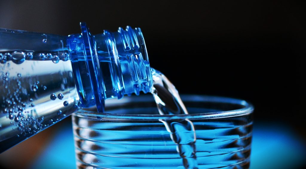 Image for How Much Water to Drink to Decrease Uric Acid?