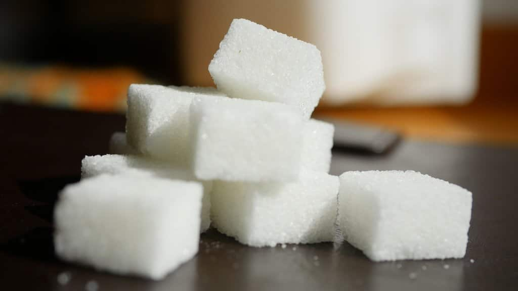 Sugar and Gout: How Fructose Raises the Risk of a Gout Attack
